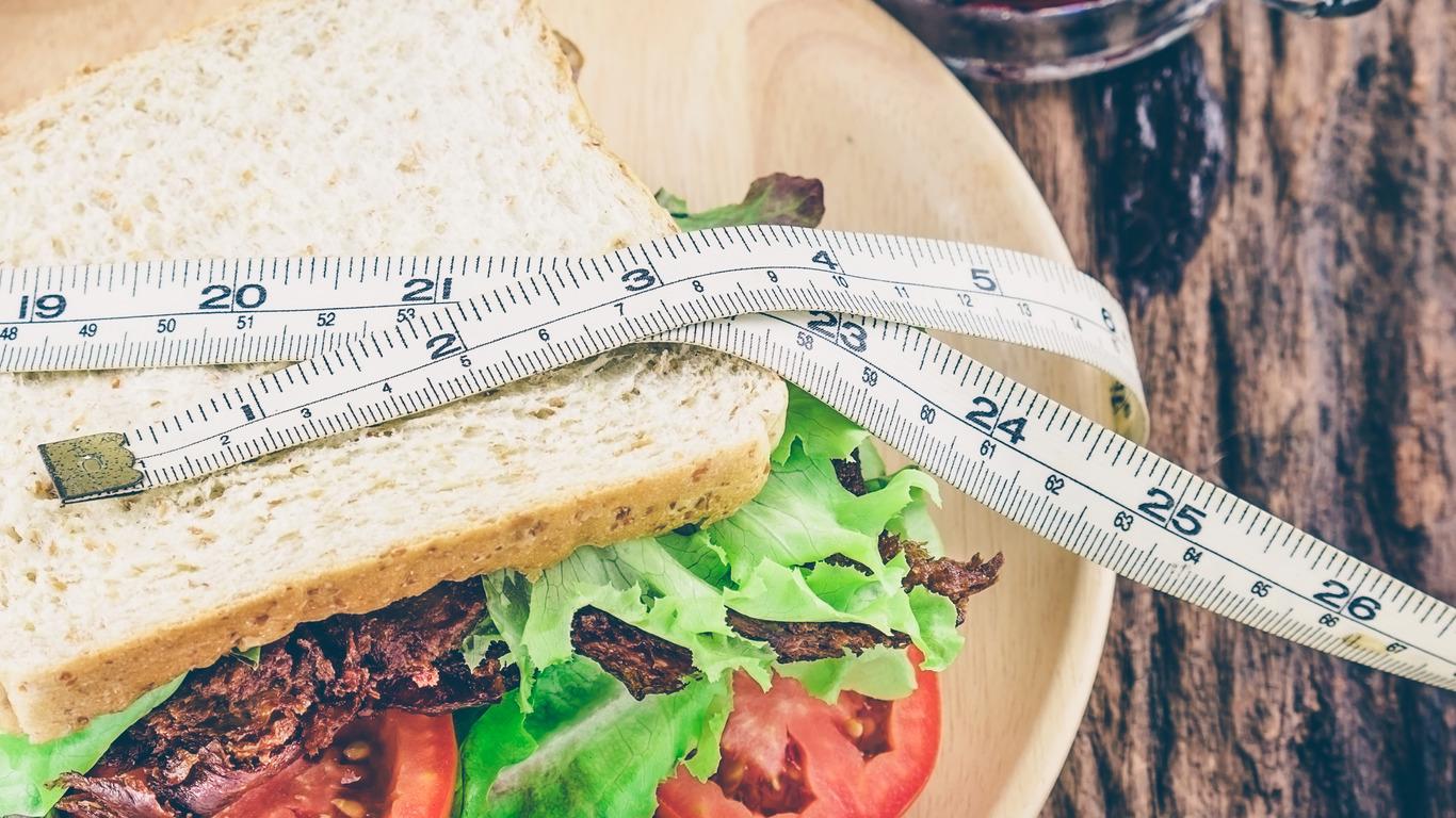 Ülekaalulisus, toitumishäired